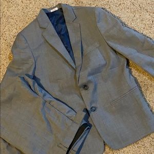 Calvin Klein- boys 10 suit (Gray w/blue lining)